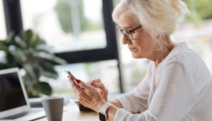 Что такое перерасчет пенсии при увольнении работающего пенсионера и как происходит данная процедура?