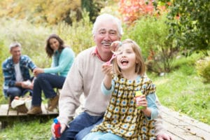 Изображение - Надбавка к пенсии на иждивенца 1_1418728835-300x200