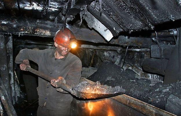 Пенсии шахтерам России в 2019 году и изменения выплат